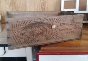 Large wooden winebox