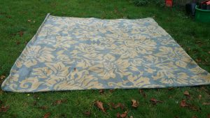 Oriental 100% wool carpet/rug